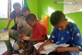 Kampung Masiepi manfaatkan dana desa untuk gerakan literasi