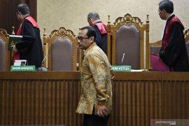 Di persidangan, hakim sebut Menag Lukman terbukti terima jatah Rp70 juta dari Haris