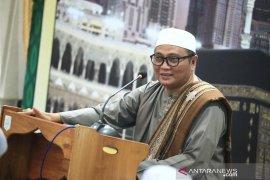 Awali tausiyah Guru Kapuh doakan kepulihan Bupati HSS