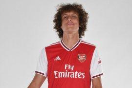 David Luiz resmi hijrah ke Arsenal