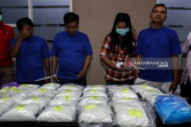 BNNP Jatim bongkar peredaran 25 kg sabu-sabu asal Malaysia (Video)