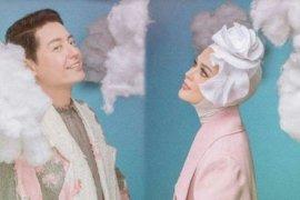 Cut Meyriska dan Roger Danuarta akan menikah di Medan