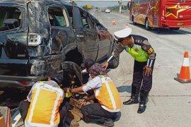 Flash - Kecelakaan beruntun di tol Cipularang, 6 orang tewas