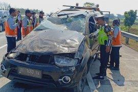 Dua orang tewas dalam kecelakaan di tol Jombang