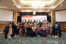 Kacab Mandiri Gorontalo lepas peserta SMN menuju Surabaya