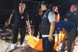 Penyelam tradisional temukan mayat mahasiswa di dasar sungai