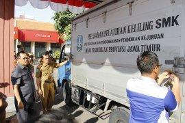 Dinas Pendidikan Jatim terjunkan mobil praktik keliling bagi SMK terpencil