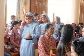 Tiga Suster Pasionis terima kaul pertama di Gereja Katolik Sekadau