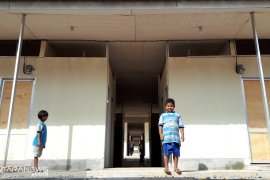Warga korban gempa desak Pemkab Halsel percepat pembangunan huntara