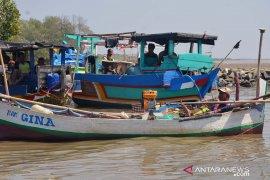 Dinas Perikanan Karawang sudah data kerugian nelayan atas tumpahnya minyak