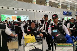 Petugas haji diberangkatkan ke Jeddah untuk melayani pemulangan jamaah