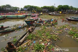 Sampah Sungai Martapura Saat Harjad Kalsel