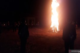 Api unggun pembakar semangat peserta SMN di Bangka Belitung