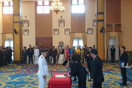 Barkati resmi dilantik menjabat Wakil Walikota Samarinda