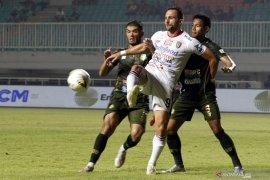 Imbangi Persebaya, Bali United jaga keunggulan sepuluh poin