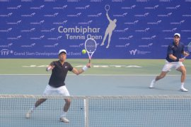 Pasangan Barki/Ruan melaju semifinal Combiphar Tennis Open