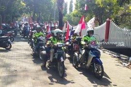 Peringati HUT kemerdekaan, puluhan difabel Jember ramaikan Kirab Merah Putih