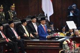 Agar Indonesia unggul, Jokowi : Pemerintah harus berani bongkar regulasi sampai ke akar-akarnya