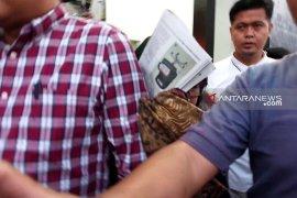 Tiga anggota DPRD Surabaya mangkir dari panggilan kejaksaan