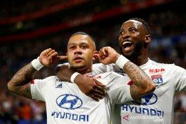 Lyon cukur tamunya Angers enam gol tanpa balas
