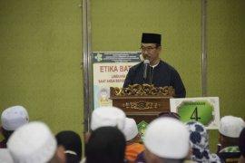 Kepulangan kloter I jamaah haji Jawa Barat disambut Sekda Daud Achmad