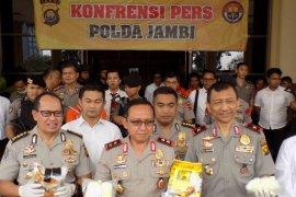 Polda Jambi ungkap pengiriman 2,2 kg sabu ke Palembang