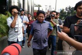 Anggota DPRD Kabupaten Bekasi dikonfrontir saat pemeriksaan kasus Meikarta