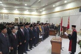 45 Anggota DPRD Agam dilantik
