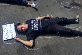 Save Meratus dikampanyekan depan Istana Merdeka Jakarta