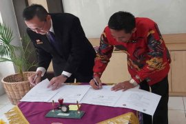 Cirebon latih ASN dan warga bahasa Inggris guna siapkan kampung wisata
