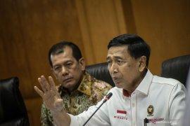 Wiranto : Penegakan hukum pelaku pembakar hutan kurang tegas