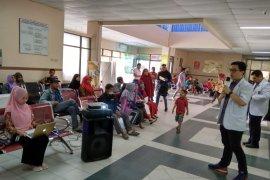 RSUD Tengku Rafian Siak berikan penyuluhan kesehatan pasien dan keluarga di ruang tunggu