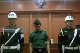 Dituntut penjara seumur hidup, oknum TNI terdakwa mutilasi menangis