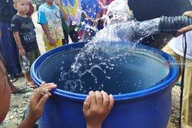 Warga Desa Halaban alami krisis air bersih sejak tahun 1980