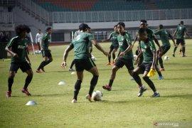 Simon McMenemy inginkan timnas Indonesia harus bermental baja