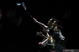 Jonatan Christie tak berkutik hadapi Chen Long di final French Open