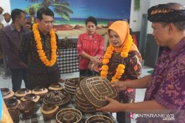 Industri batok kelapa wakili Klungkung ke tingkat nasional