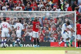 Manchester dipecundangi Crystal Palace 1-2