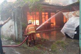 Permukiman dekat rumah dinas Wabup Tulungagung terbakar