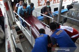 Pemulangan jenazah wisatawan tabrak speed boat