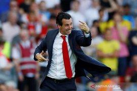 Emery sebut Arsenal tetap optimistis meski dikalahkan Liverpool 1-3