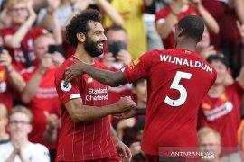 Liverpool menang 3-1 atas Arsenal, Salah dua gol
