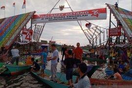 Gapura Desa Enggelam menang Festival