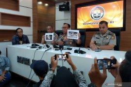 Terduga teroris di Jatim terkait erat dengan rencana bom Surabaya