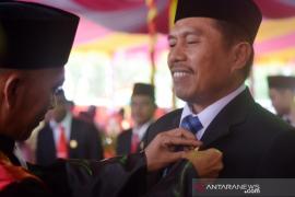 Mantan Wabup Roni Imran resmi anggota DPRD Gorut