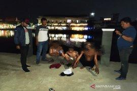 Satpolairud Polresta Banjarmasin amankan pelajar dan buruh pesta Miras