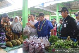 Pemkab Kutim dorong keberadaan pasar tradisional