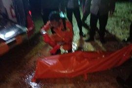Tim SAR temukan jenazah petugas Satpam yang jatuh di laut