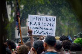 Polisi tetapkan tersangka baru ujaran rasis kepada mahasiswa Papua