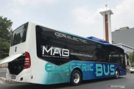 Bus listrik Mobil Anak Bangsa jajal jalanan  Jakarta